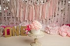 Pink and Gold cake Smash session