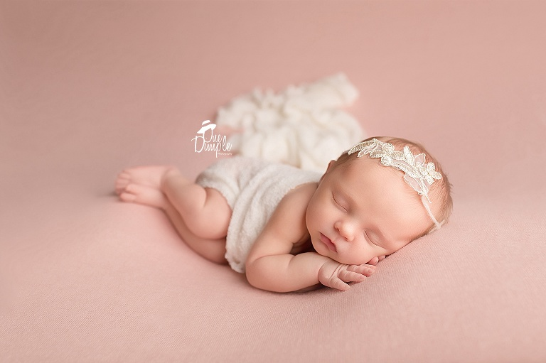 Dfw in home posed newborn session