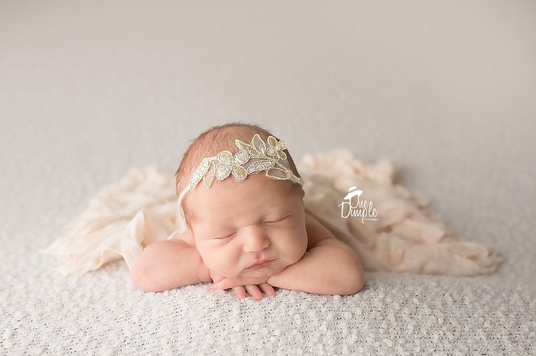 One dimple photography is a dallas fort worth newborn and baby photographer in home